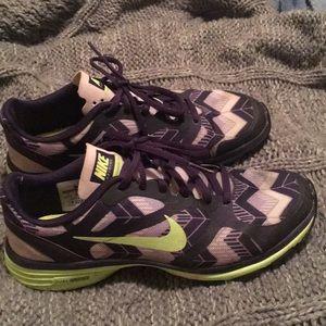 Nike Training Shoe Dual Fusion